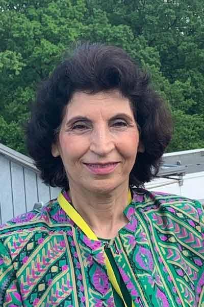 Saliha Khalliqie ist einer der Vertrauenspersonen und Migrantologen für die Jobmeisterei in Hamburg
